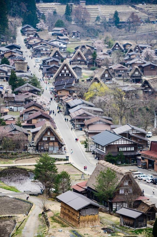 La rue principale de Shirakawa-vont village, Japon photographie stock libre de droits