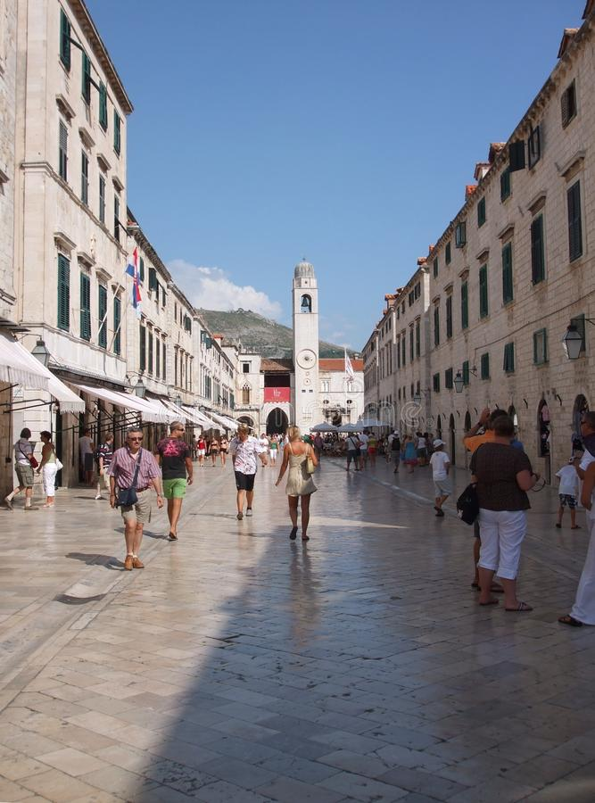La rue principale de Stradun dans Dubrovnik, Croatie photographie stock