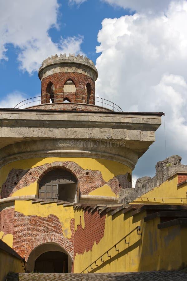 La ruine de tour, XVIIIème siècle Stationnement de Catherine Pushkin Tsarskoye Selo petersburg photographie stock