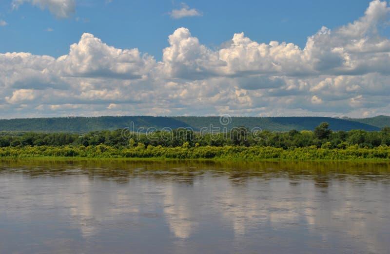 La Russia Fiume Amur paesaggio immagini stock libere da diritti