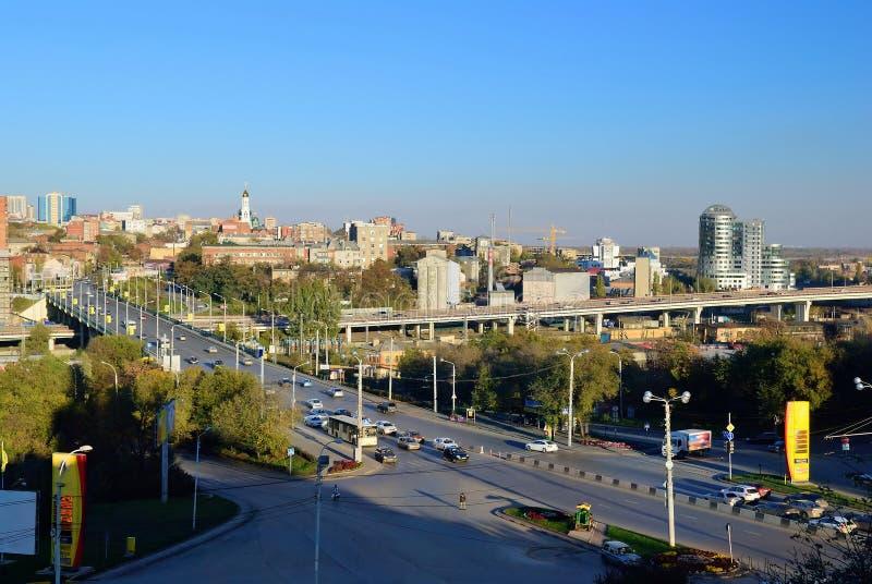 La Russia Rostov-On-Don Vista del centro urbano e della st del viale fotografie stock