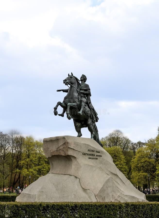 La RUSSIA, ST PETERSBURG - 4 maggio 2019: Monumento St Petersburg, Russia di Peter I immagini stock libere da diritti