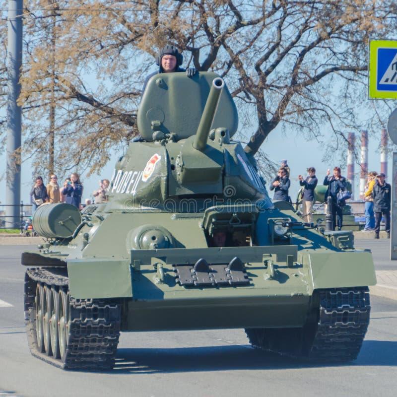 La Russia, St Petersburg, può 6, 2018 veicoli blindati sul Pala fotografia stock libera da diritti