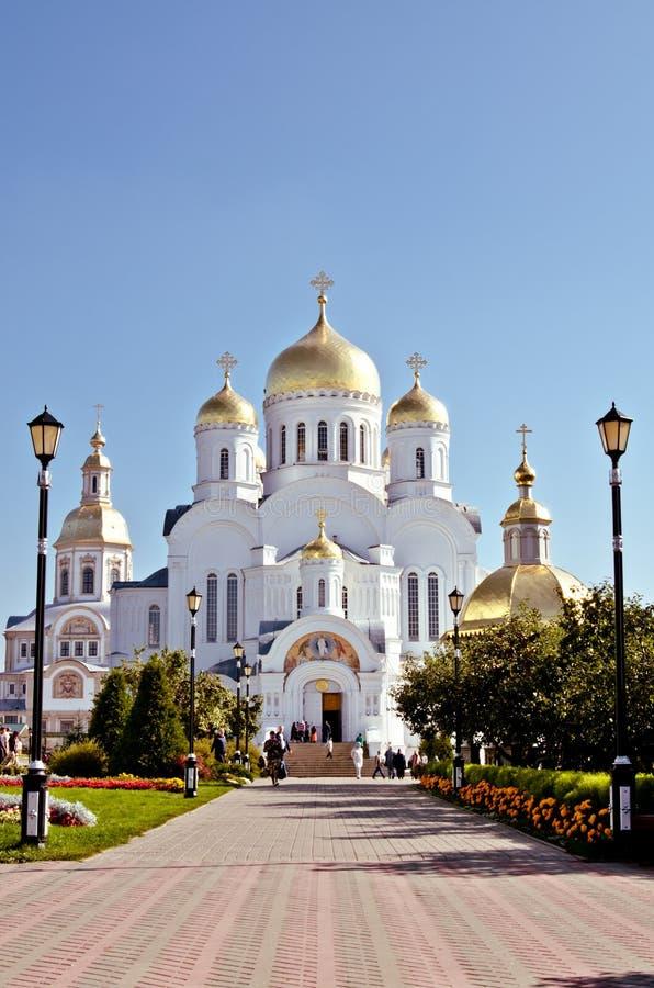 La Russie, Diveevo, cathédrale de transfiguration dans le monastère de séraphin-Diveevo de trinité sainte, churchs photo libre de droits