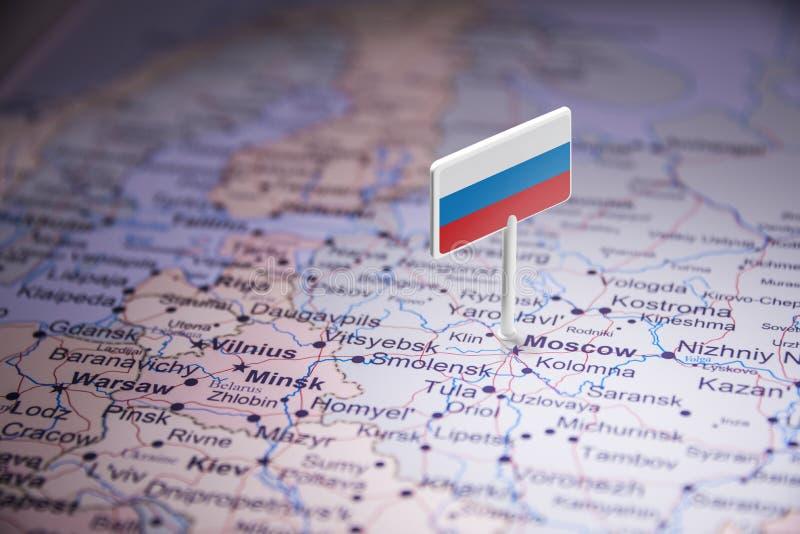 La Russie a identifié par un drapeau sur la carte photographie stock
