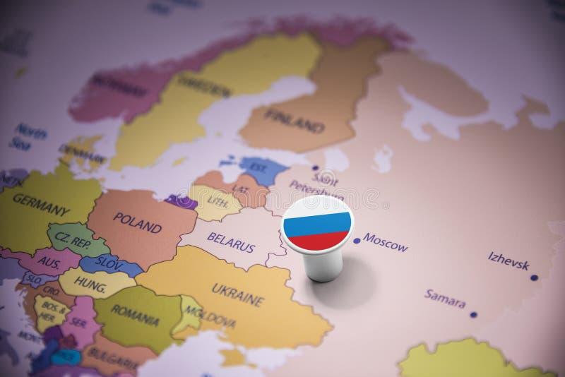 La Russie a identifié par un drapeau sur la carte images libres de droits