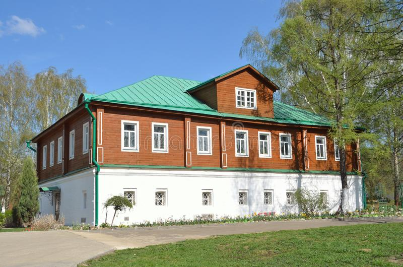 La Russie, ville d'Alexandrov, monastère eparchial saint antique de Svyato-Uspensky de couvent de Dormition, quarts de cure photos stock