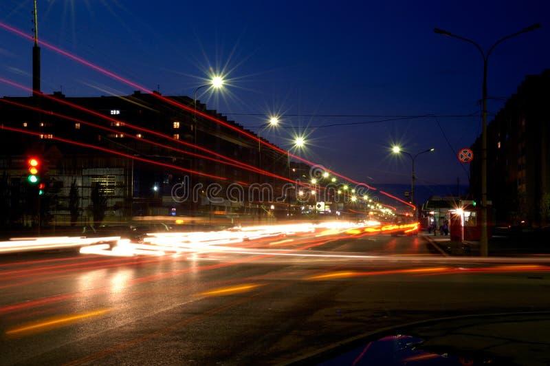 La Russie. Ville Volzhsk. Nuit. photos libres de droits