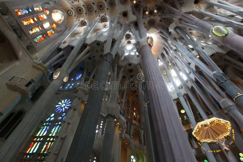 La Sagrada Familia, de onrealistische die kathedraal door Gaudi wordt ontworpen stock afbeelding