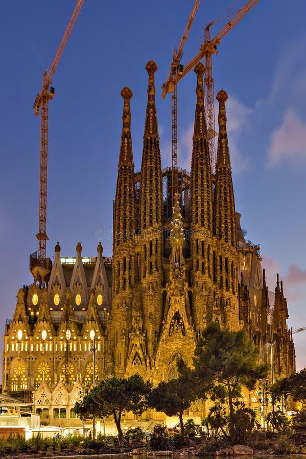La Sagrada Familia - kathedraal door Antoni Gaudi-oriëntatiepunt wordt ontworpen dat stock foto's