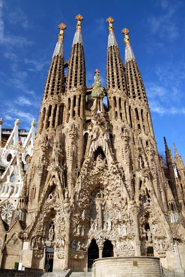 La Sagrada Familia - keine Kräne lizenzfreie stockbilder