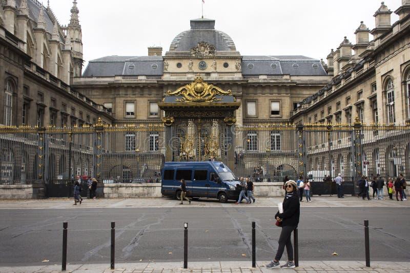 La Sainte-Chapelle o la cappella santa a in Parigi, Francia fotografia stock libera da diritti