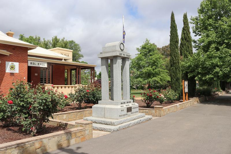 La salle commémorative de soldats dans Castlemaine commémore les soldats et les femmes qui ont servi dans les conflits impliquant photos libres de droits