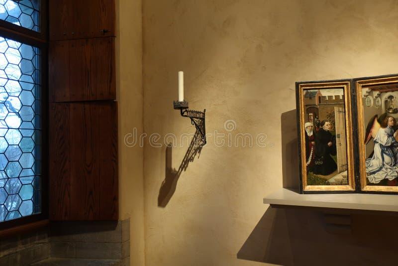 La salle dans les cloîtres rencontrés images libres de droits