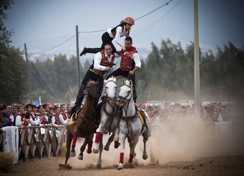 La Sardaigne. Risque à cheval