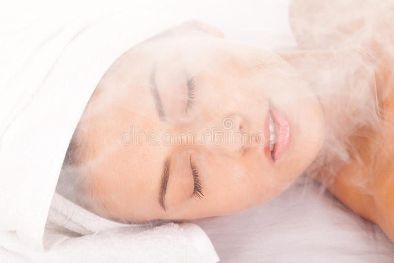 La sauna se relaja imagen de archivo libre de regalías
