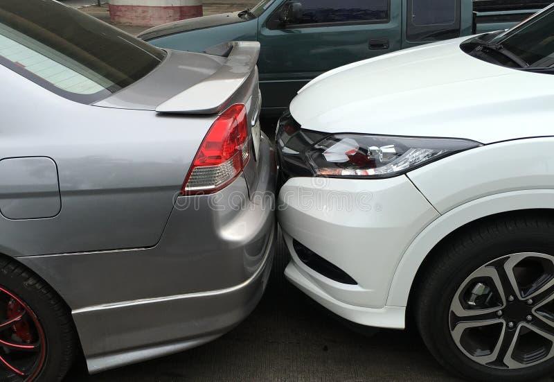 La scène d'un accident de voiture, accident de voiture photographie stock libre de droits