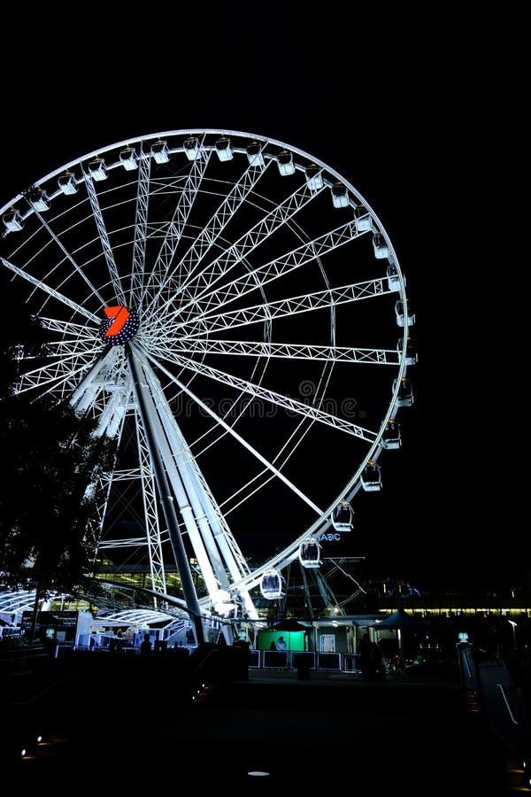 La scena di notte della ruota della foto di Brisbane è presa il 1° marzo 2019 fotografie stock