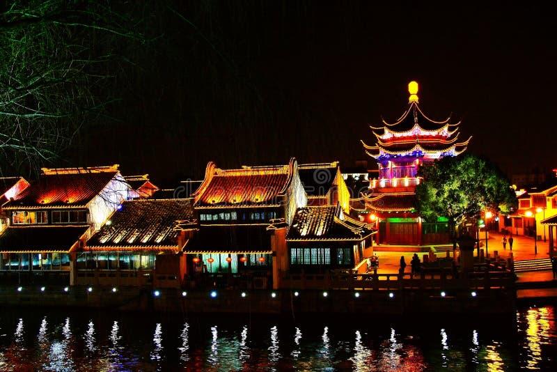 La scena di notte nella città di Suzhou immagini stock