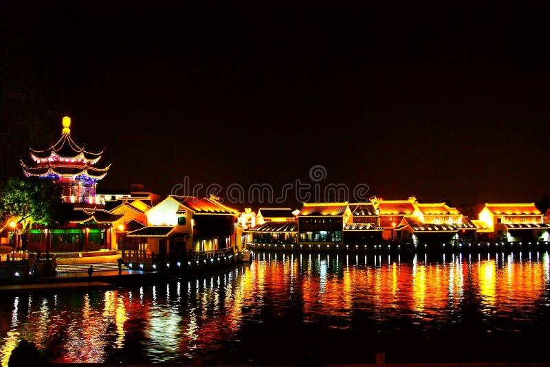 La scena di notte nella città di Suzhou fotografia stock libera da diritti