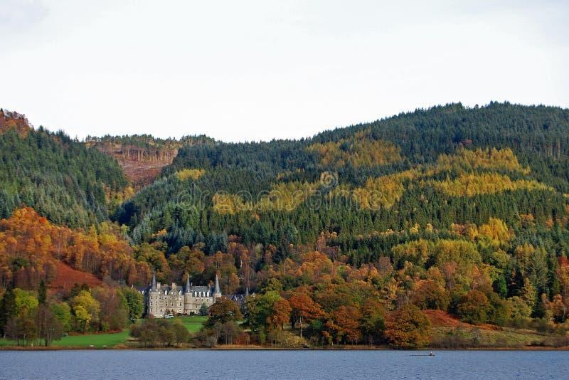 La Scozia Bonny in autunno immagini stock