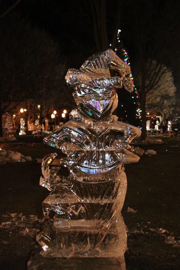 La sculpture en glace de Grinch images libres de droits