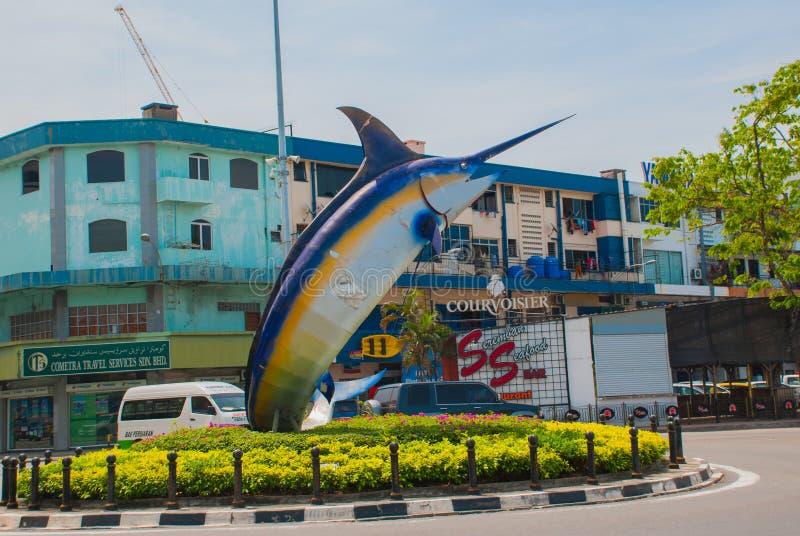 La sculpture en poissons sur le bord de mer Kota Kinabalu Sabah Malaysia photos stock