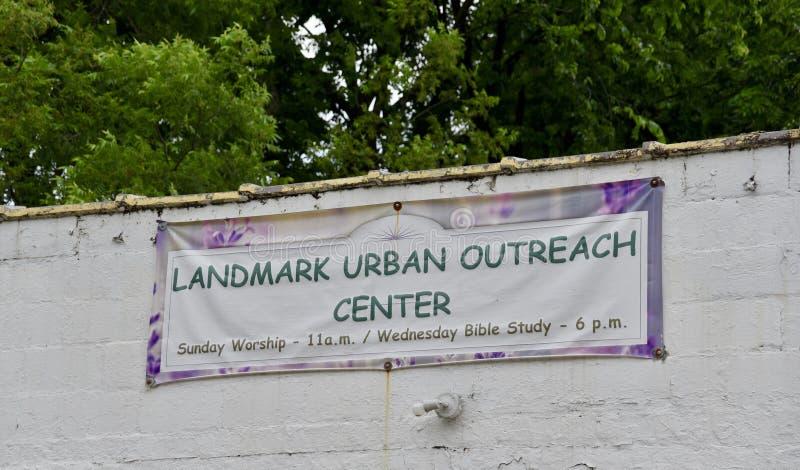 La señal urbana supera la muestra de centro, Memphis, TN imagenes de archivo