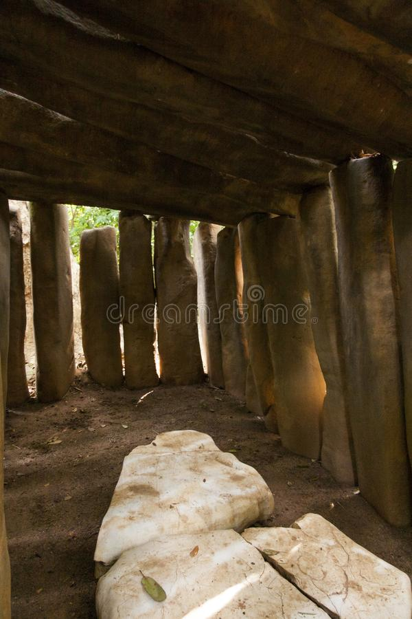 La sepoltura di Olmec, museo archeologico di Olmec, museo del parco di Venta della La Villahermosa, Tabasco, Messico fotografia stock libera da diritti
