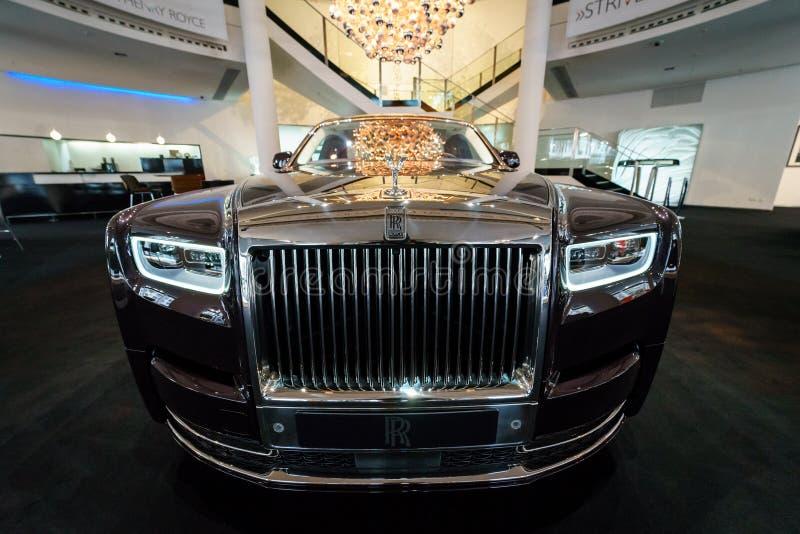 La serie de lujo del mismo tamaño II de Rolls-Royce Phantom VII del coche amplió la distancia entre ejes imagen de archivo