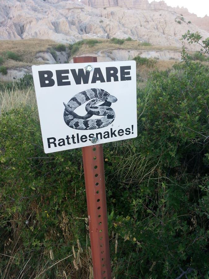 La serpiente de cascabel firma adentro los Badlands, Dakota del Sur foto de archivo libre de regalías