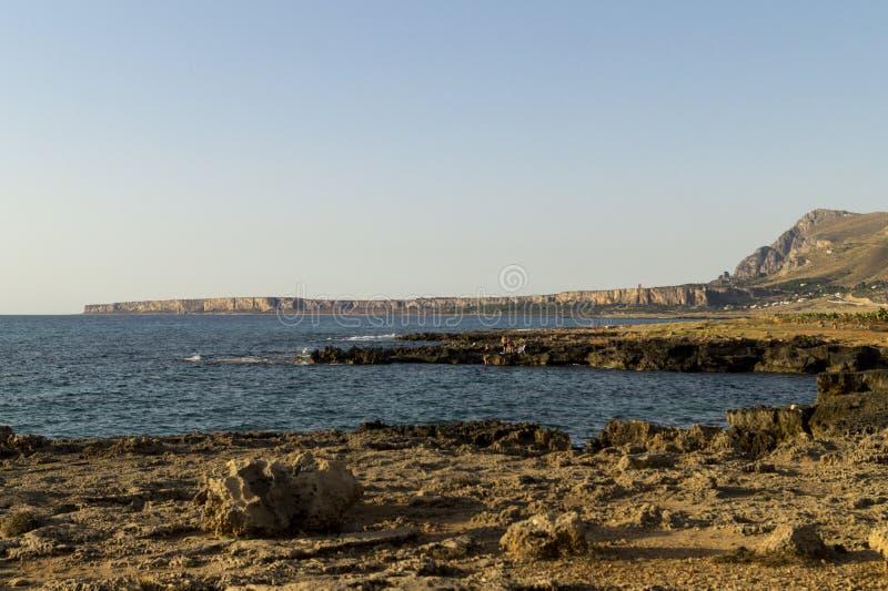 La Sicile Rocky Beach Italie images libres de droits