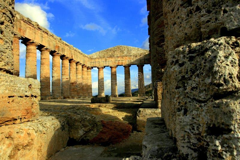 La Sicilia, rovine greche del tempiale fotografie stock libere da diritti