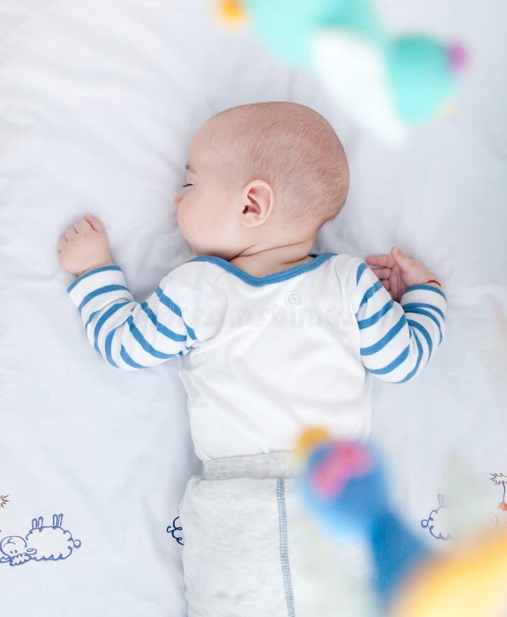 La siesta perfecta del bebé fotografía de archivo