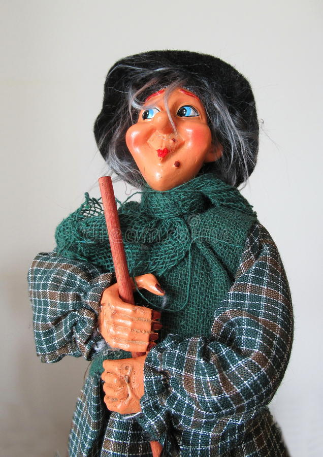 La signora anziana pronta per l'epifania fotografia stock libera da diritti