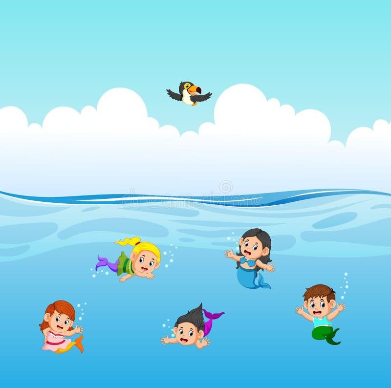 La sirena sta nuotando nell'oceano royalty illustrazione gratis