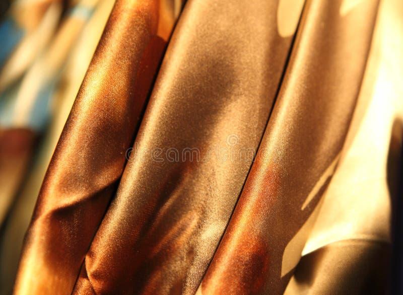La soie de luxe d'or drape photo libre de droits