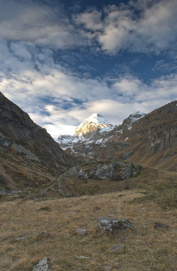 La sommità della montagna fotografia stock
