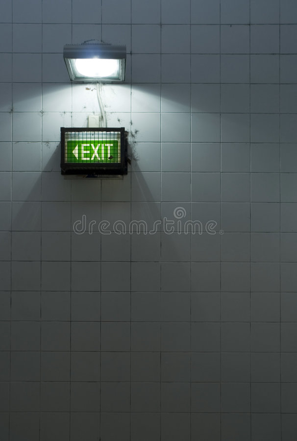 Download La sortie photo stock. Image du lumière, souterrain, modifié - 8656738