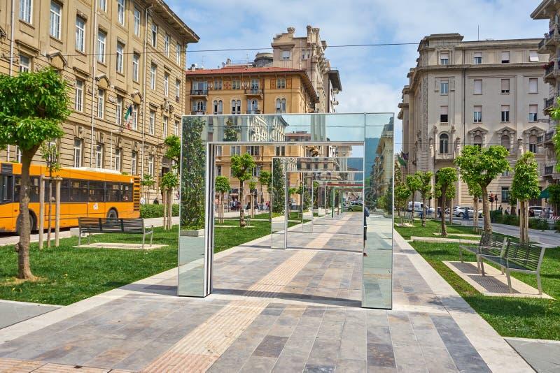 La Spezia/Liguria/Itália/MAI 2018: Construções históricas e imagem de stock royalty free