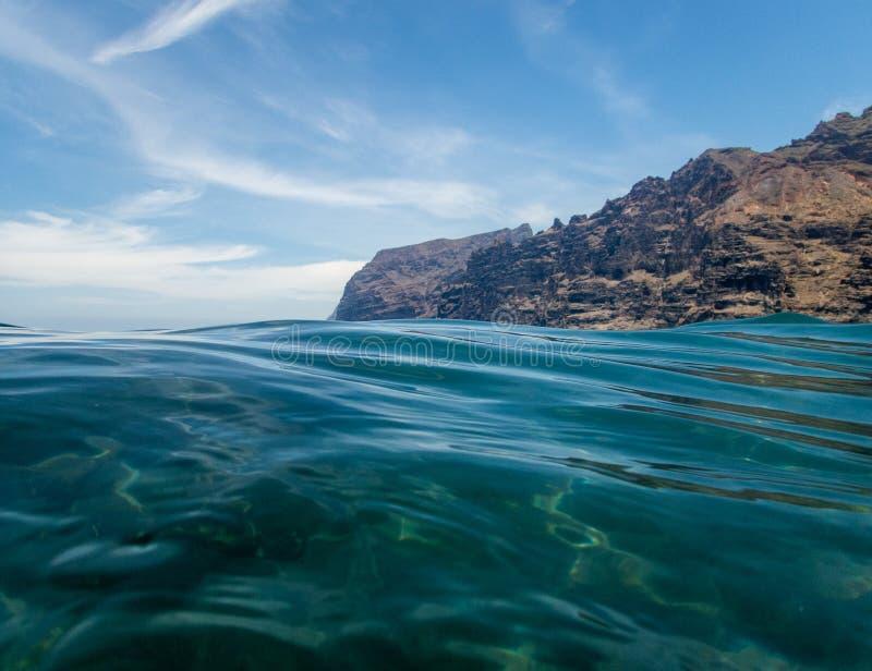 La spiaggia del Giants, in Tenerife, le isole Canarie, Spagna fotografia stock libera da diritti