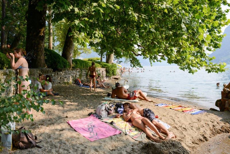 La spiaggia del parco botanico di Ciani a Lugano sulla Svizzera fotografia stock libera da diritti