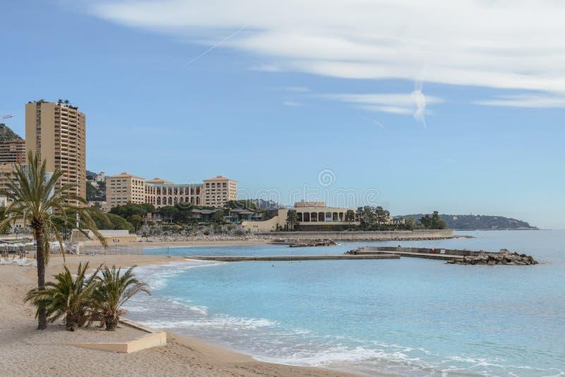 La spiaggia di Monte Carlo, Monaco fotografia stock