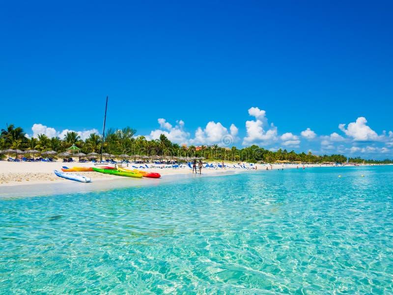 La spiaggia di Varadero in Cuba ha fotografato dal mare immagini stock libere da diritti