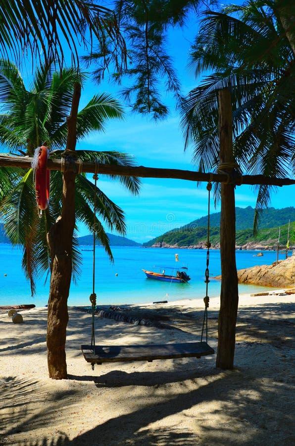 La spiaggia ed il mare fotografia stock libera da diritti