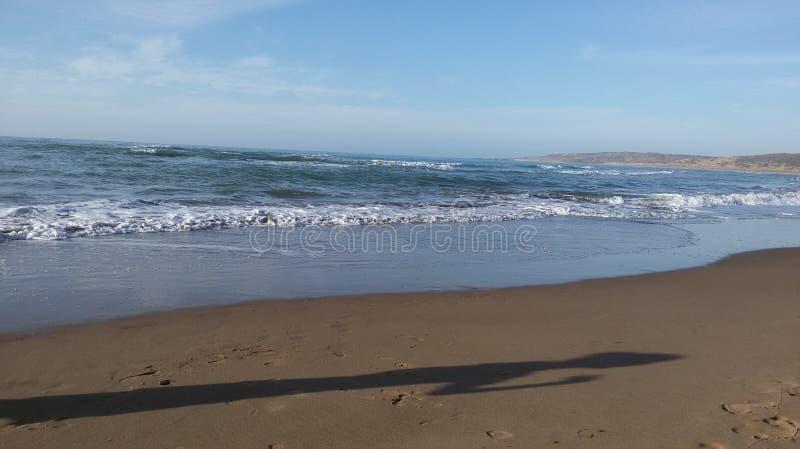 La spiaggia ondeggia l'oceano immagine stock