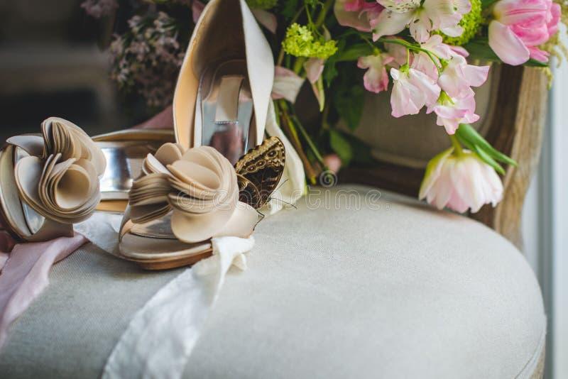 La sposa sul suo giorno delle nozze immagini stock libere da diritti