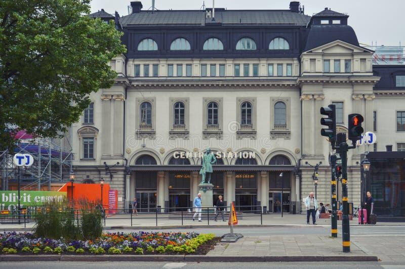 La station centrale de Stockholm à Stockholm, Suède, avec la statue de Nils Ericson se tient dans l'avant photo stock