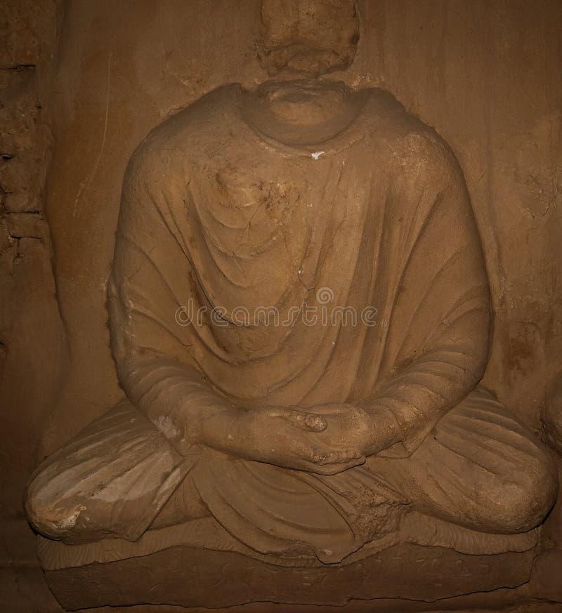 La statua del Buddha a Jaulian ha rovinato il monastero buddista, Haripur, Pakistan Un sito del patrimonio mondiale dell'Unesco fotografia stock