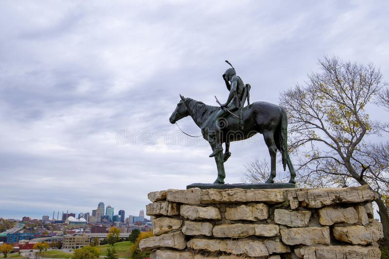 La statua dell'esploratore, Kansas City Missouri fotografie stock